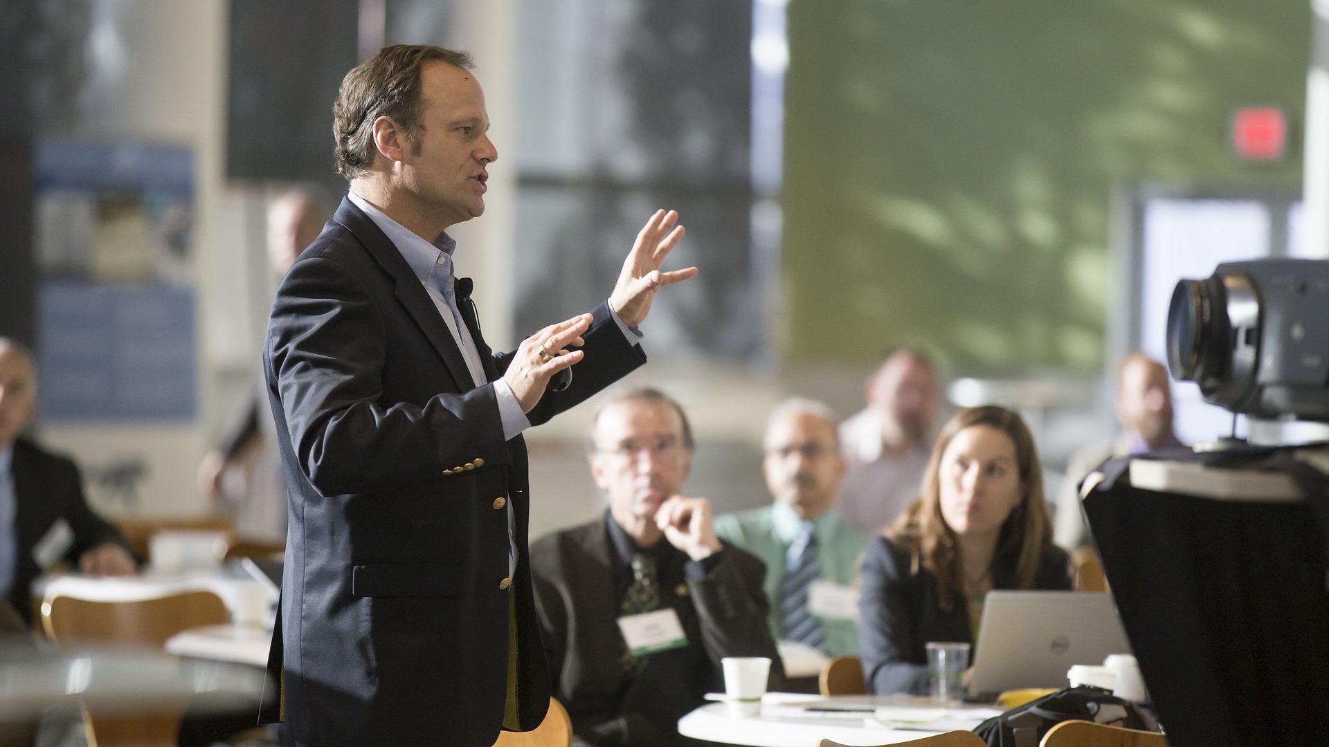 Сколько времени времени занимает подготовка презентации?